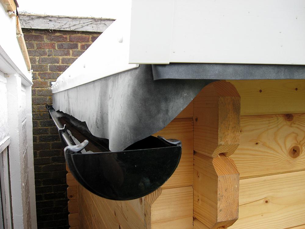 Log Cabin EPDM Roof