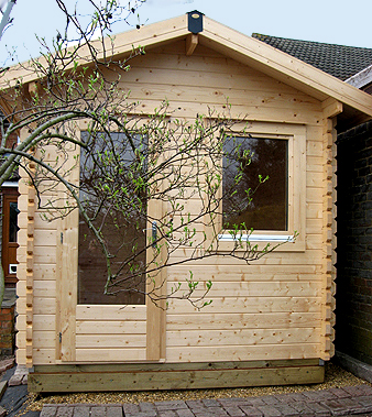 Lugarde Barcelona Log Cabin